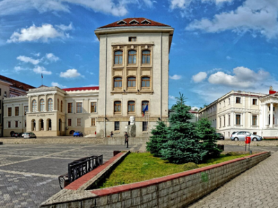 Pentru studenții UMF Iași, testarea RT-PCR Covid-19 la prețuri reduse